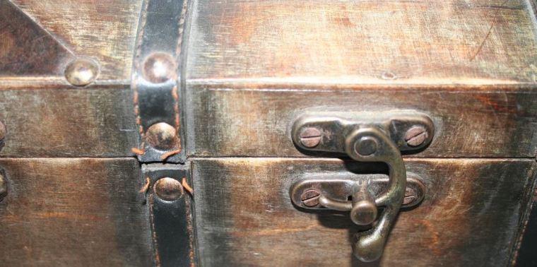 Sordida de madera y tortura de teta de esclava japonesa 4